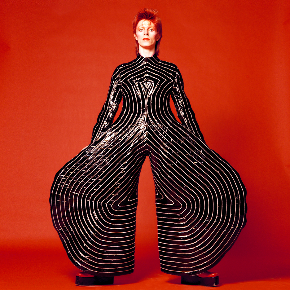 Readers pay tribute to David Bowie in Dezeen comments update