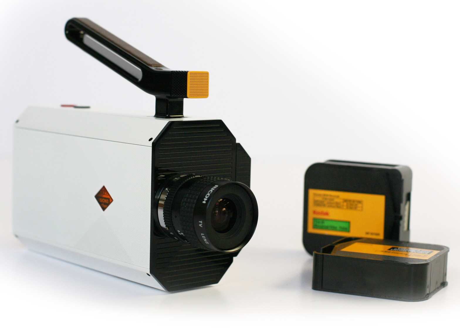 Yves Behar designing Kodak Super 8 relaunch