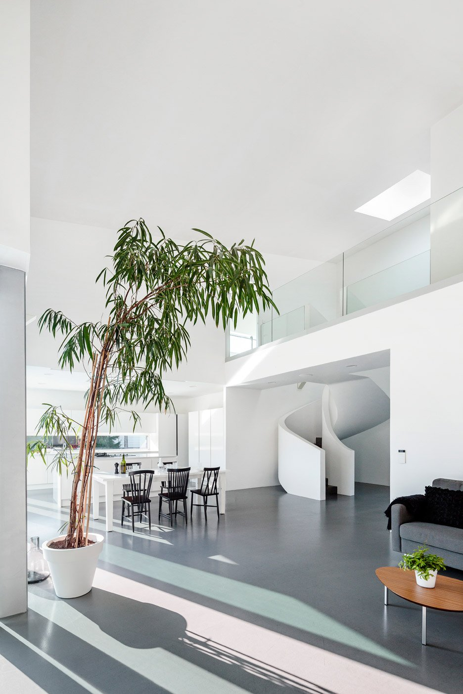 Villa Lumi by Avanto Architects
