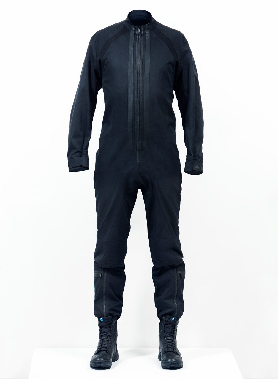Y-3 creates spacesuits for Virgin Galactic pilots