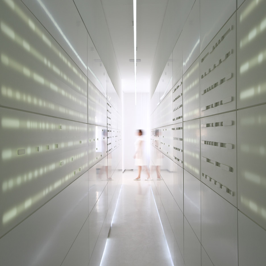 Fluid:Architecture conceals treatment rooms behind secret doors inside Serbian clinic