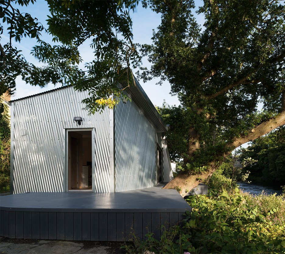 The Rivershed office built on a riverbank in Wales by Freshwest