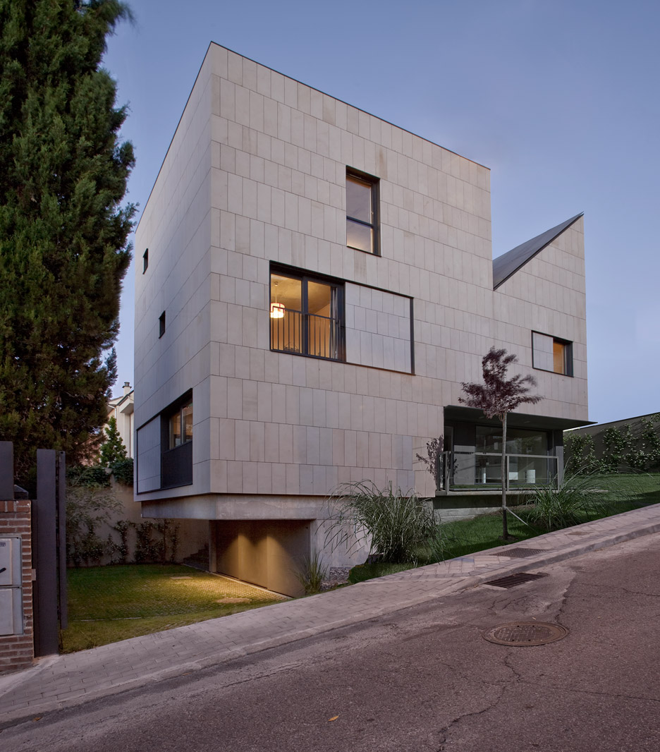 Daniel Valle Architect separates adults from children inside Hernandez Residence in Madrid