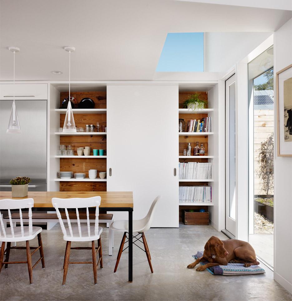 Hillside Residence by AlterStudio