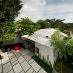 Ipli Architects completes a concrete house for a concrete supplier