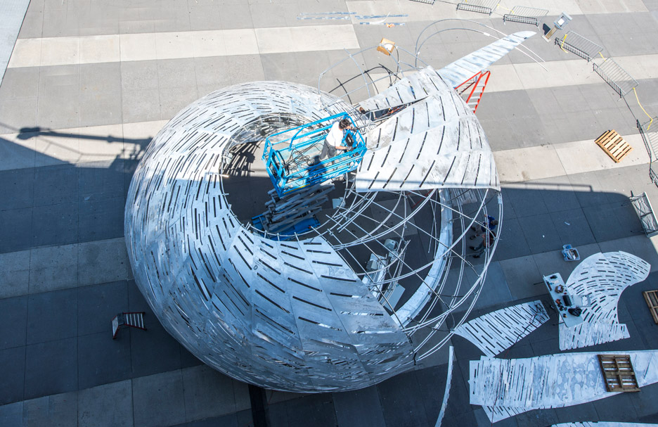 nasa-orbit-pavilion-studio-kca-usa-aluminium_dezeen_936_11