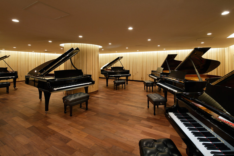 steinway-and-sons-flagship-shop-ogata-yoshiki-salt_dezeen_936_14