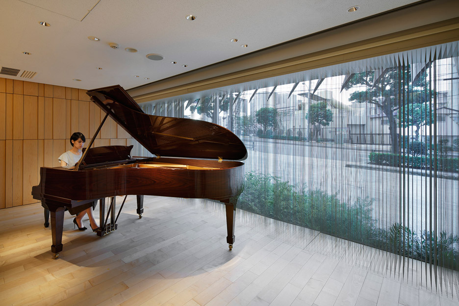 steinway-and-sons-flagship-shop-ogata-yoshiki-salt_dezeen_936_25