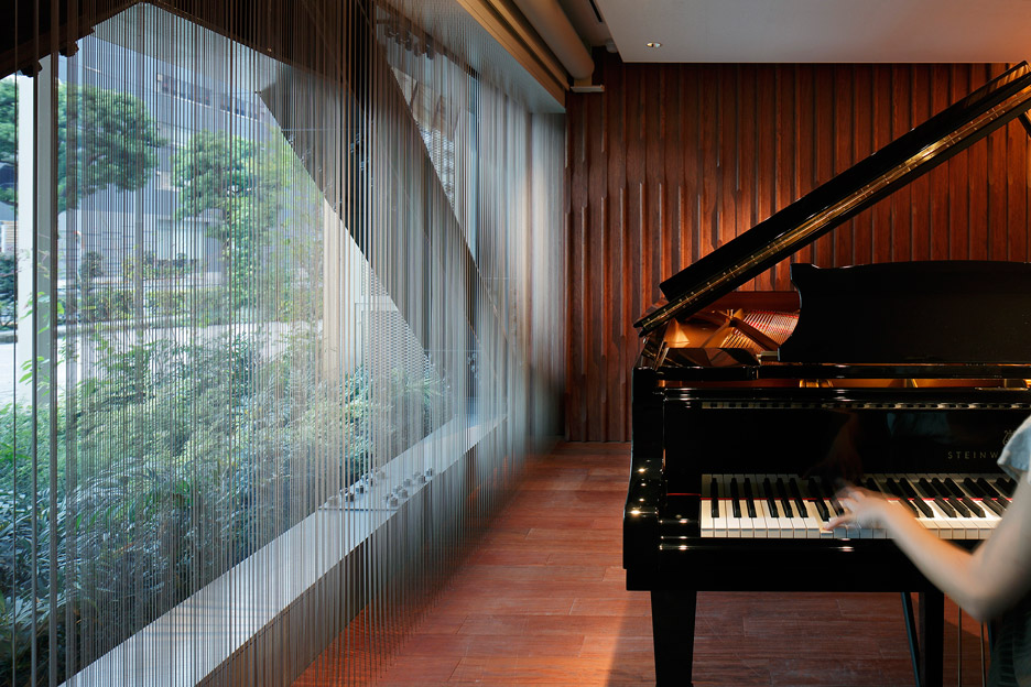 steinway-and-sons-flagship-shop-ogata-yoshiki-salt_dezeen_936_26