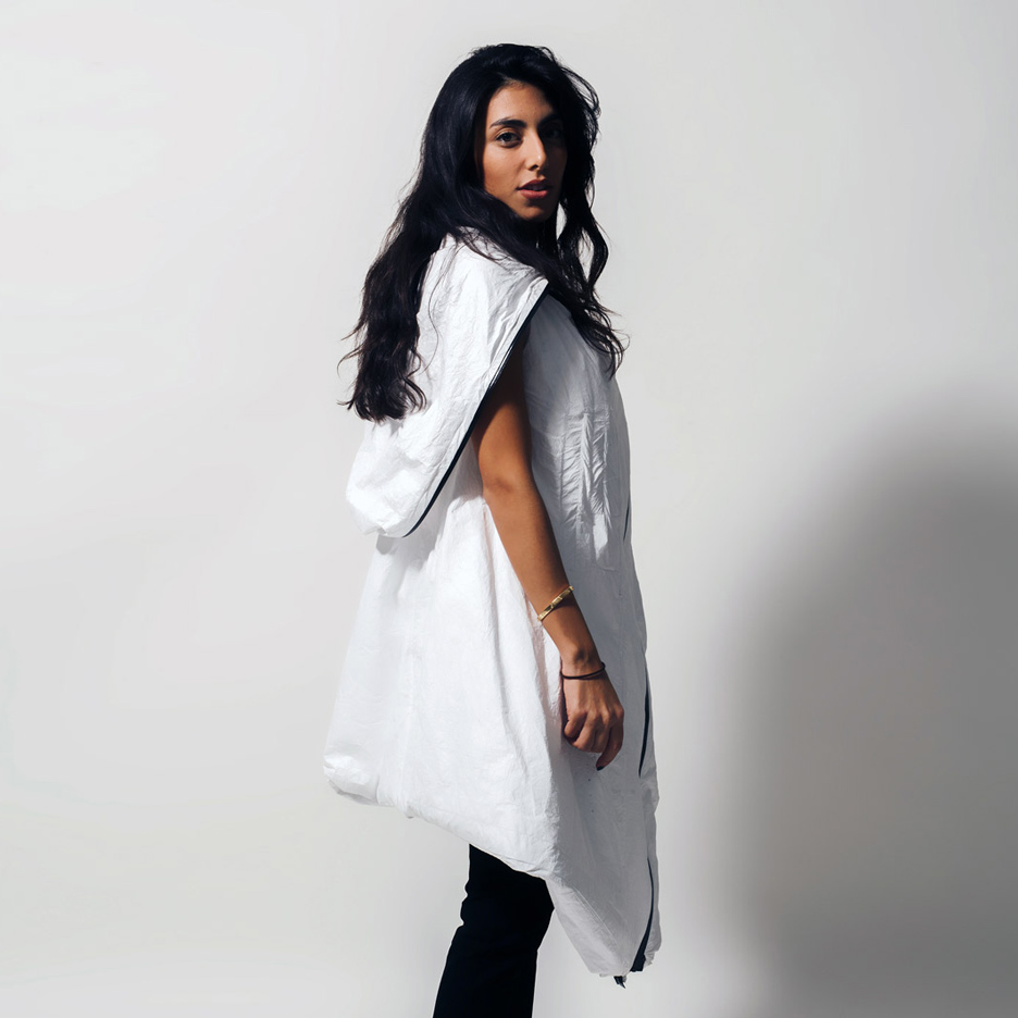 RCA students design wearable dwelling for Syrian refugees