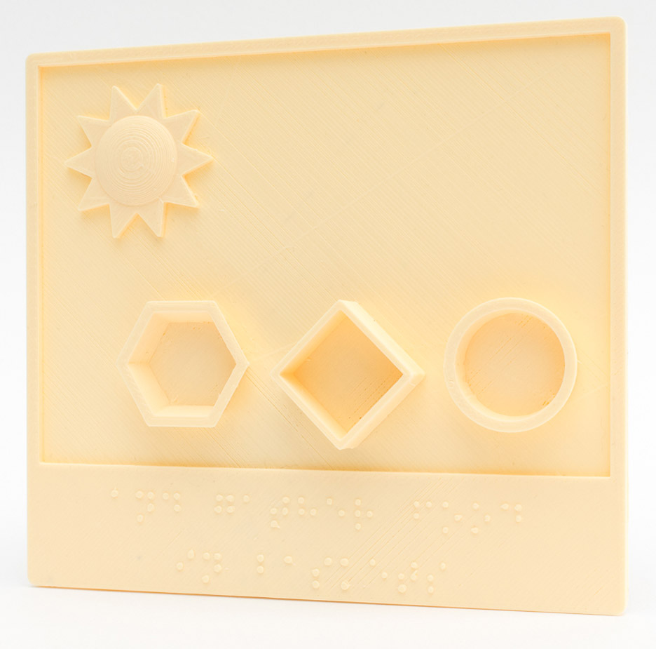 3d-printed-picture-books-blind-children-3d-hubs_dezeen_936_4