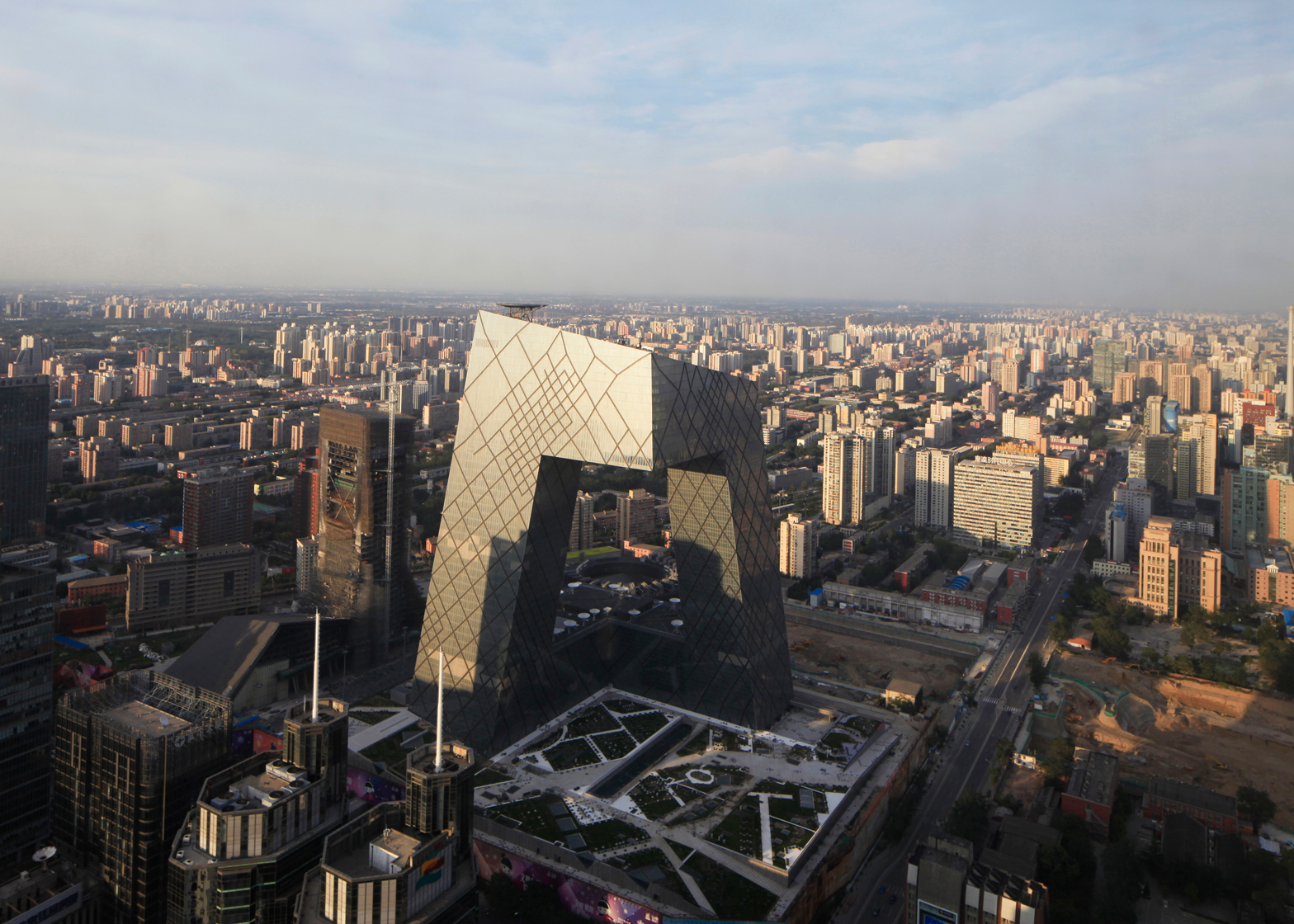Rem Koolhaas at World Architecture Festival: CCTV Headquarters by OMA