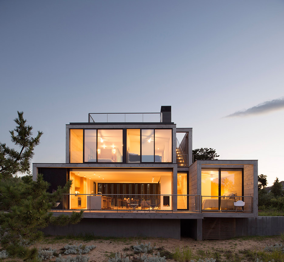 Amagansett Dunes House by Bates Masi Architects
