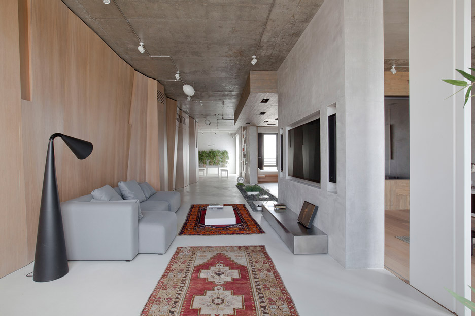 Moscow Apartment by M17