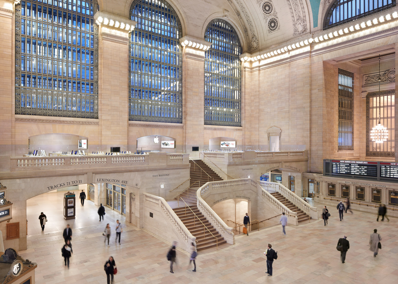 The Manhattan Apple store in Grand Central Station