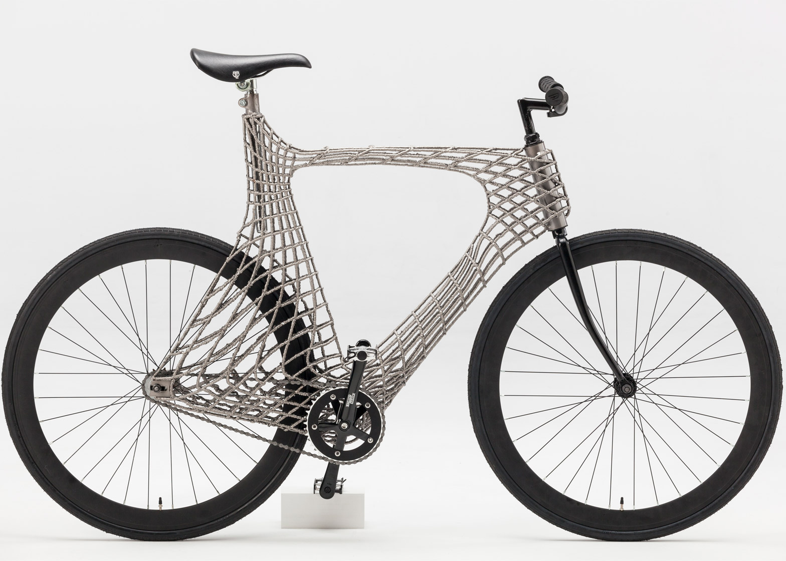 Arc Bicycle has 3D-printed steel frame created by TU Delft