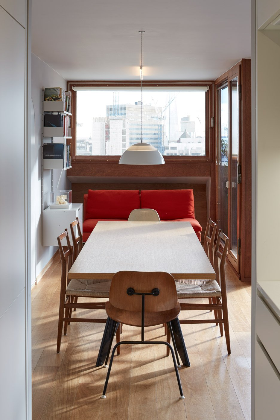 Quinn Architects renovates apartment in London's Brutalist Barbican Estate