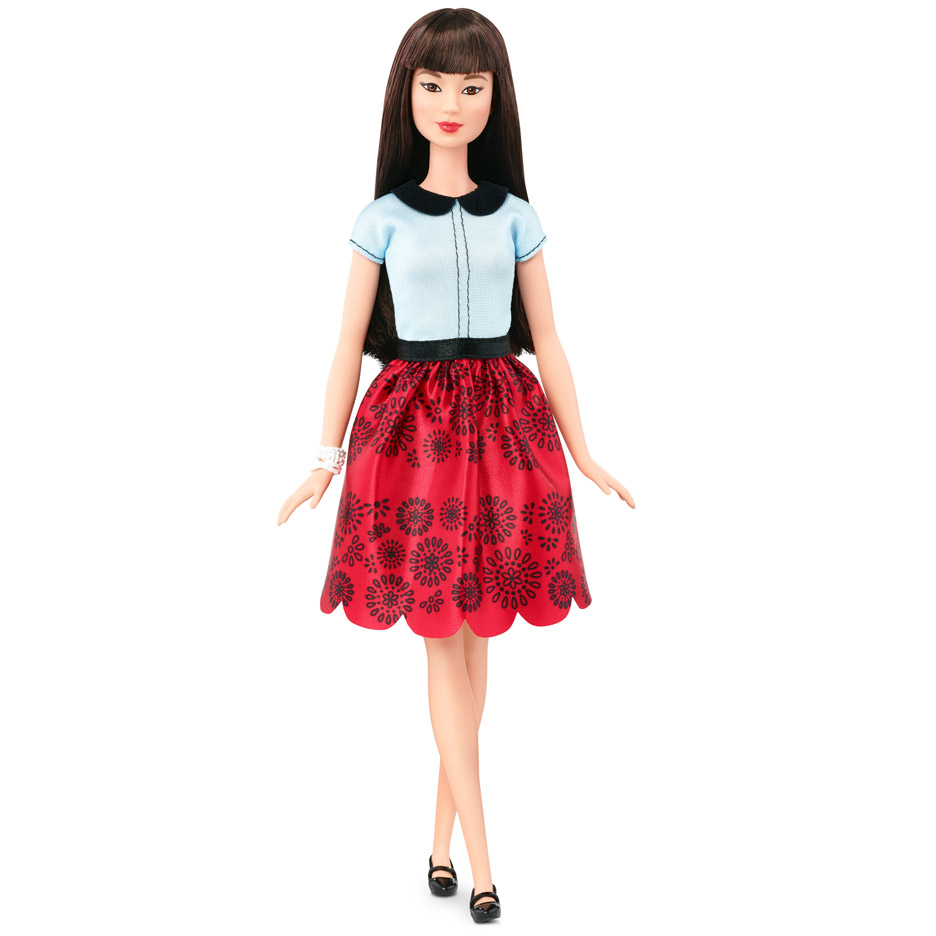 Bambole Realistic Barbie Fashion Play Great Varieties