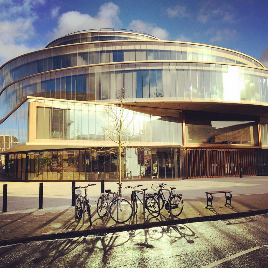 Instagram users offer a preview of Herzog & de Meuron's Oxford University building
