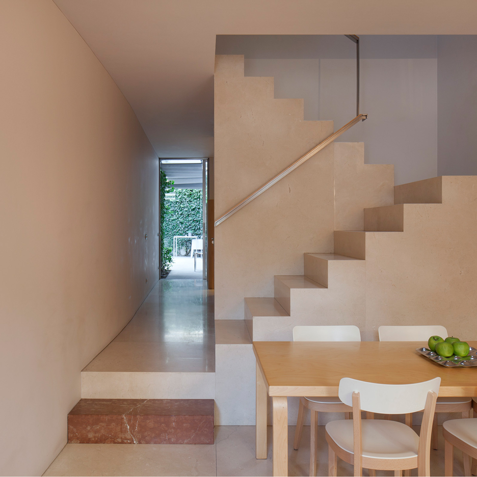 Porto flat by Eduardo Souto de Moura features a pair of tranquil courtyards