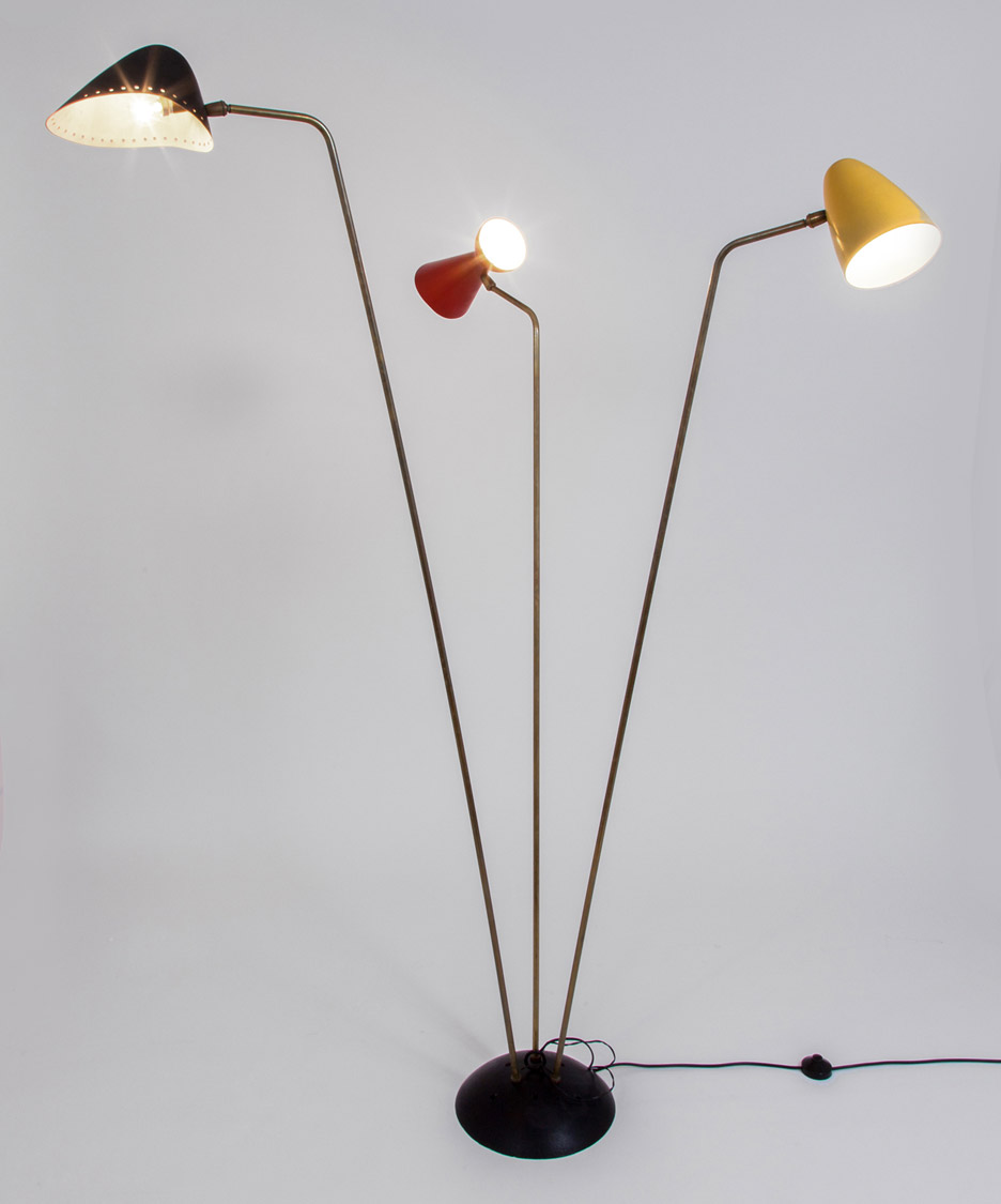 englightened-50s-exhibition-galerie-kreo-robert mathieu floor light_dezeen_936_6