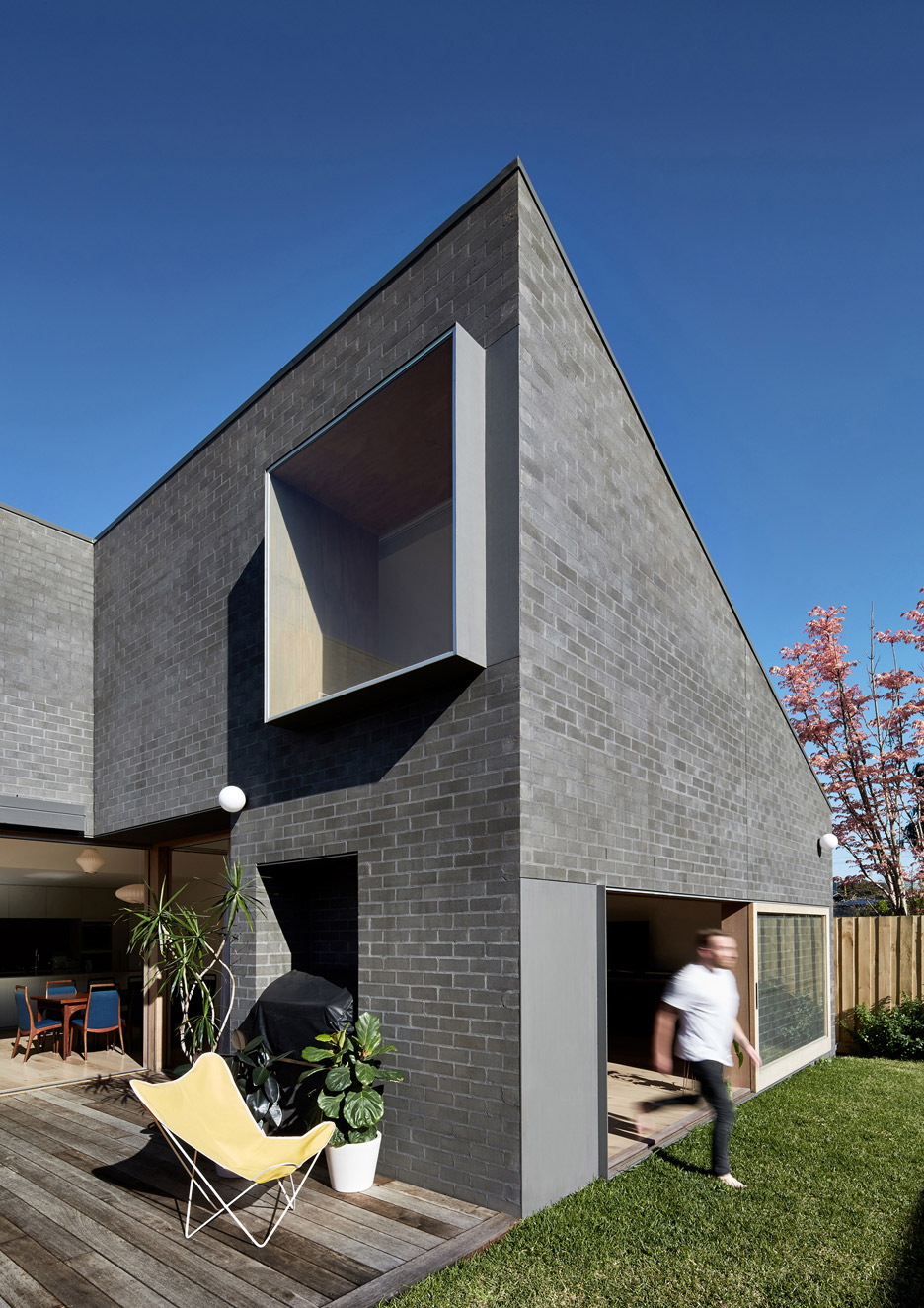 Hoddle House in Melbourne by Freadman White