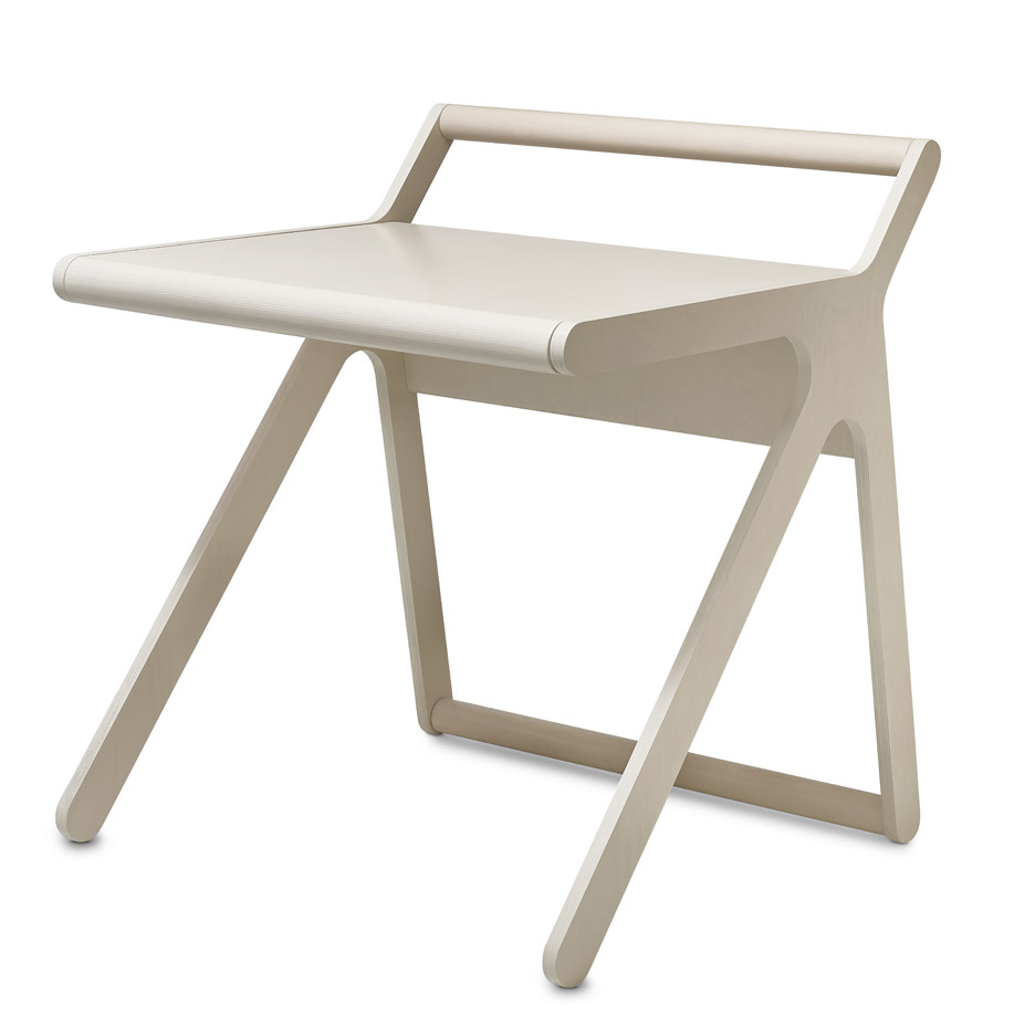 k-desk-rafa-kids-furniture-design-product-_dezeen_936_14