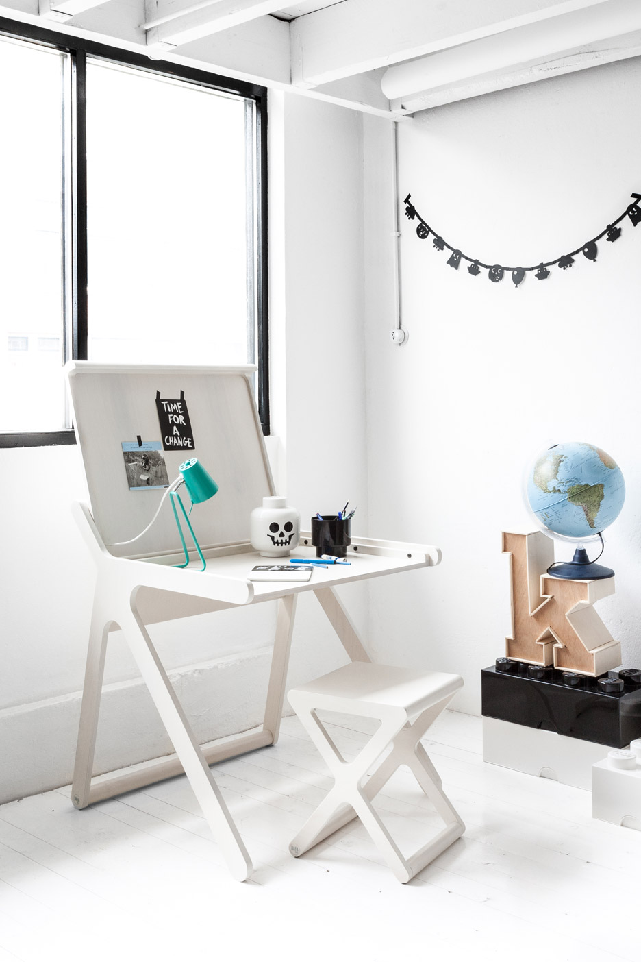 K Desk By Rafa Kids Furniture Collection