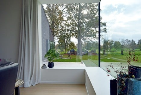 Kiekens' House by Architektuurburo Dirk Hulpia