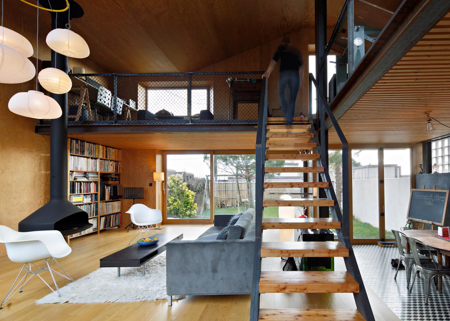 Mabire-Reich\'s Landscape House has decked roof terraces
