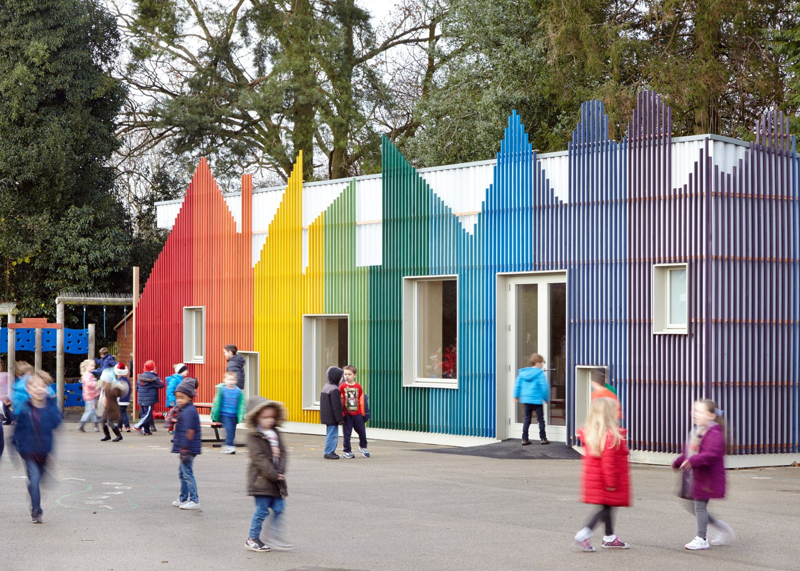 Little Hall at Prestwood Infant School by De Rosee Sa Architects
