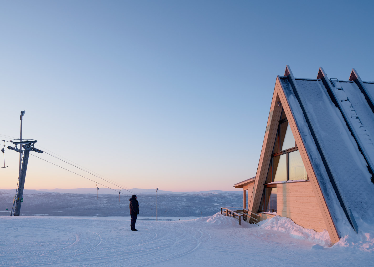 Bjork Mountain Restaurant in Hemavan Sweden by Murman Architects