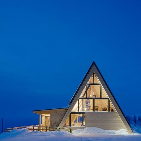 Mountain restaurant Björk in Hemavan by Murman Architects