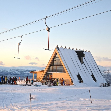 Murman Arkitekter completes tent-shaped restaurant for a Swedish ski resort