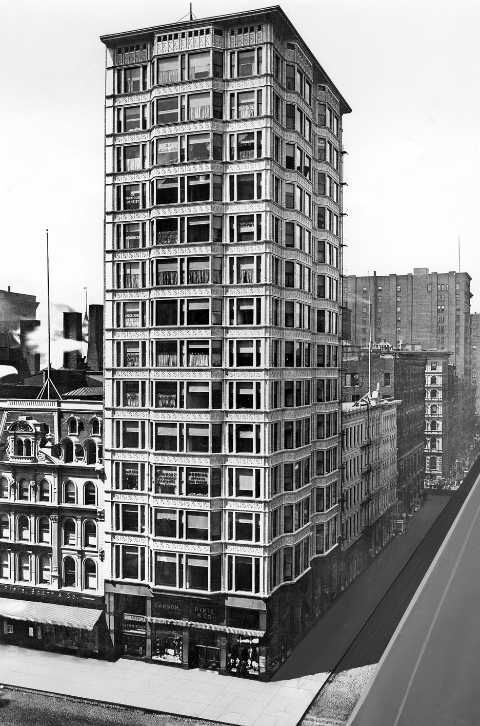 The Reliance Building by Atwood, Burnham & Co, North State Street, Chicago 1890-95
