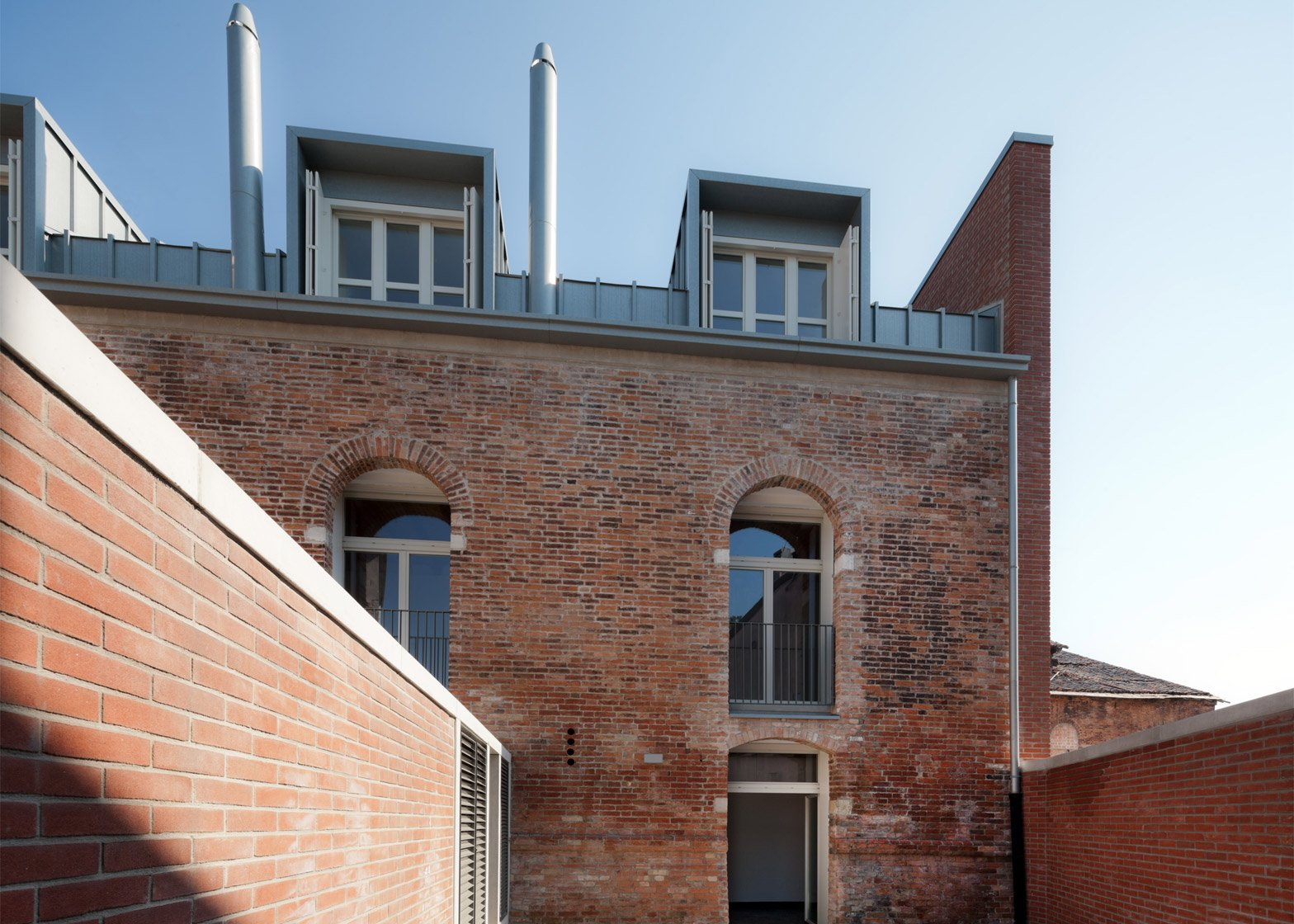 Venice renovation by Studio Macola