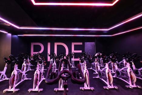 Ride spinning studio by Das Studio