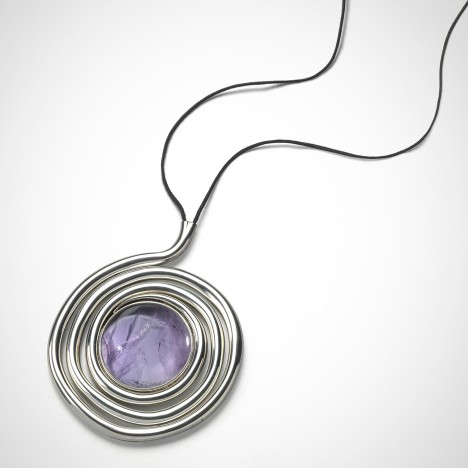 Free Hand pendant from the Naja collection