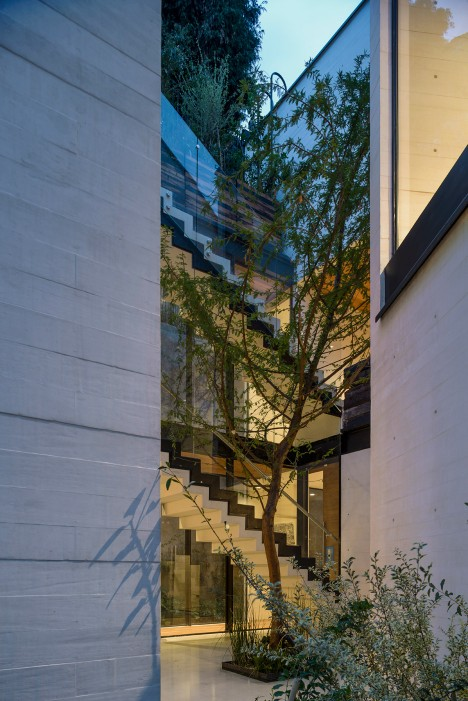 S House by Taller Hector Barroso