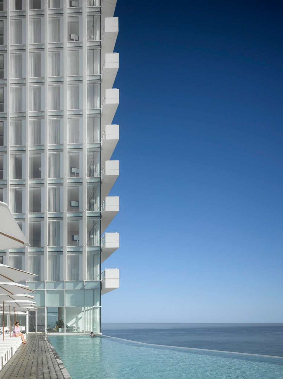 Seamarq Hotel in Gagneung, South Korea by Richard Meier and Partners
