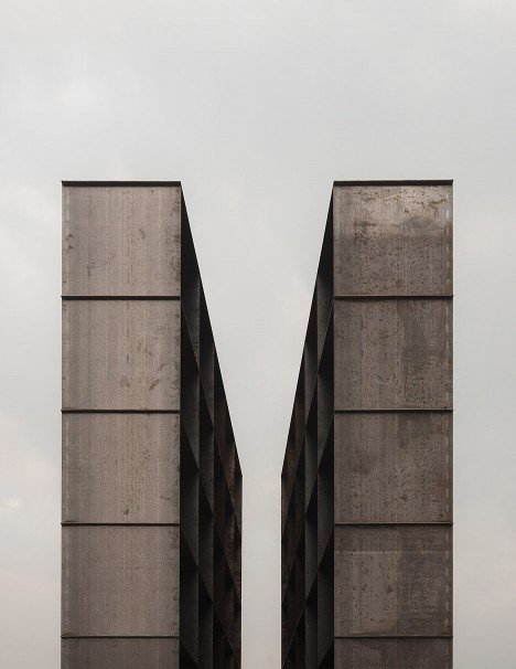 Shoah Memorial in Bologna by SET Architects