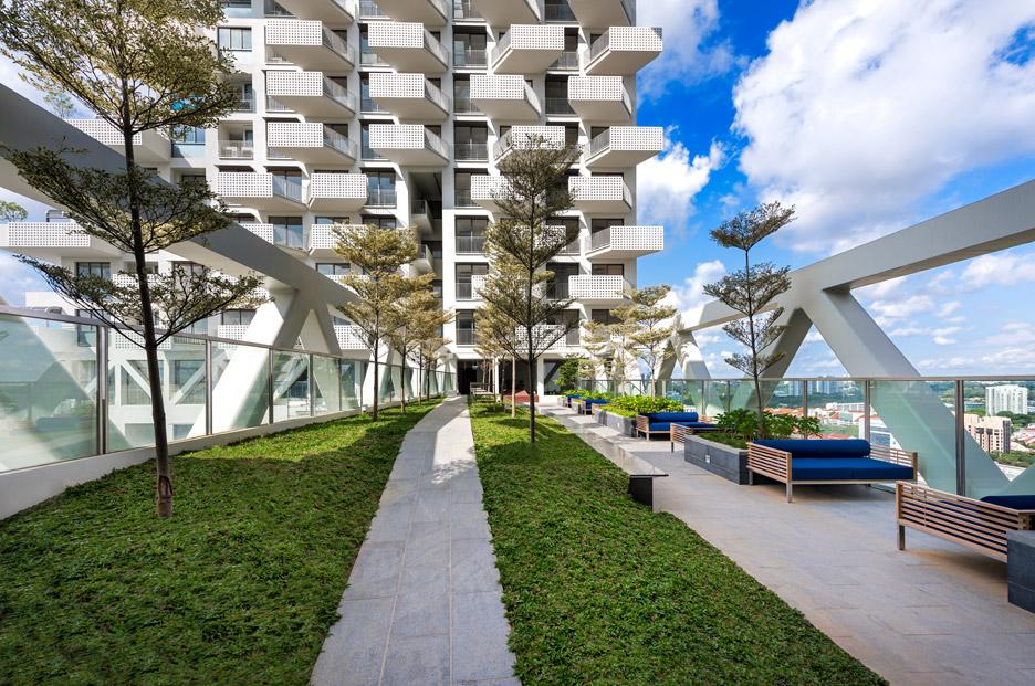 Sky Habitat by Moshe Safdie