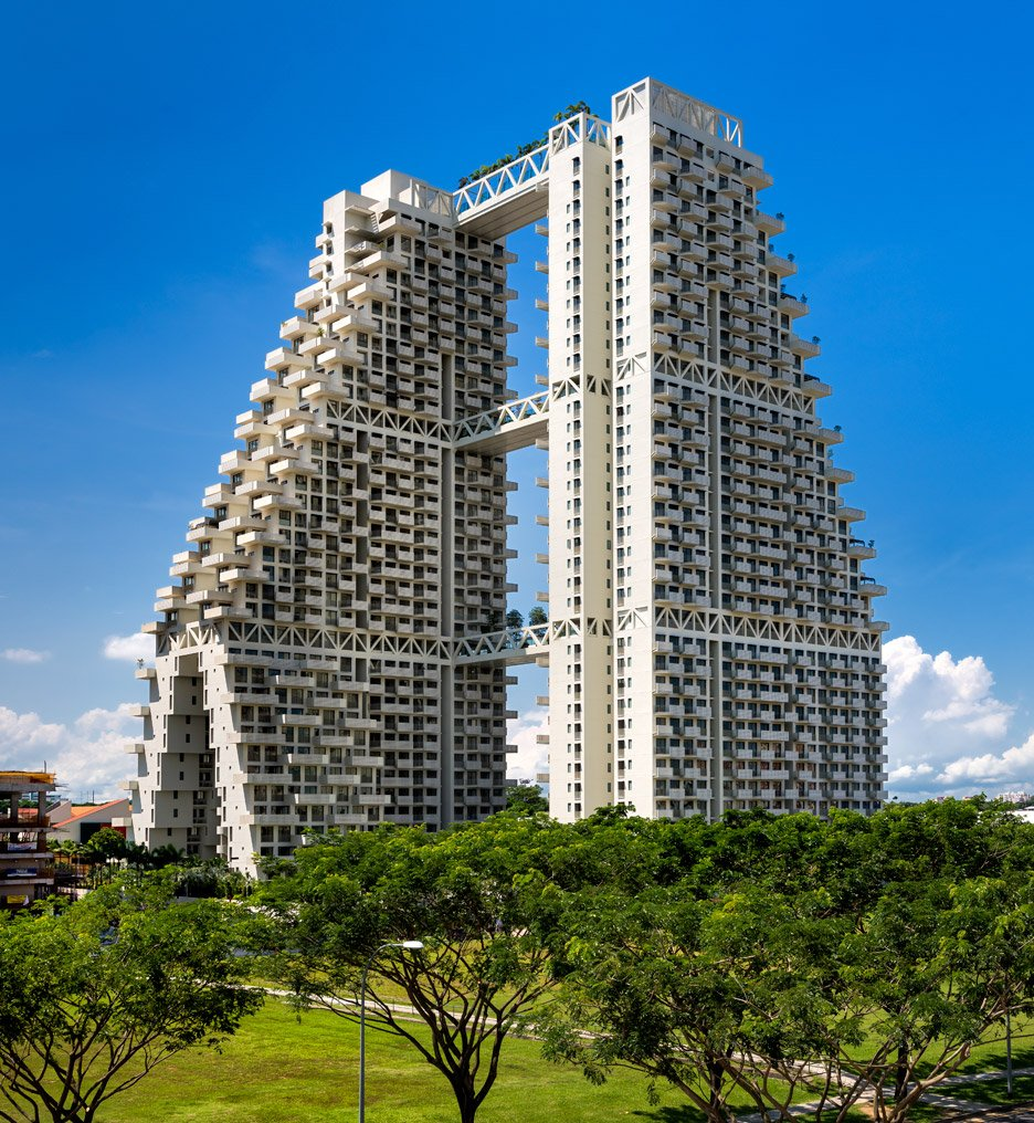 singapore sky habitat by moshe safdie has aerial streets and gardens