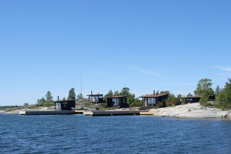 Small houses far out in the archipelago of Stockholm by Margen Wigow Arkitektkontor