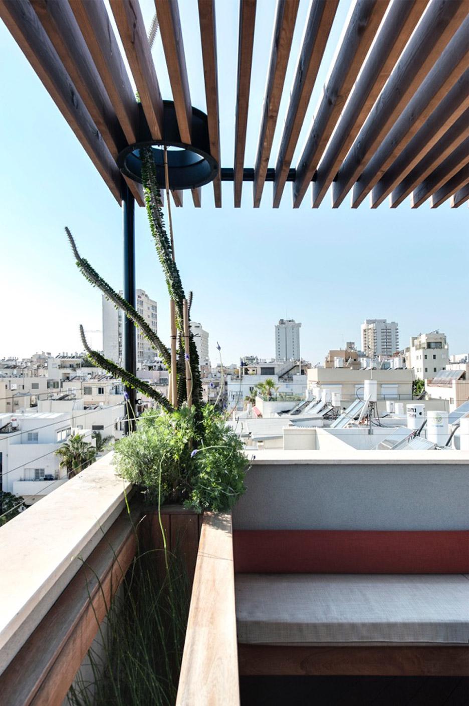 tel-aviv-house-gabrielle-toledano-interior-design_dezeen_936_13