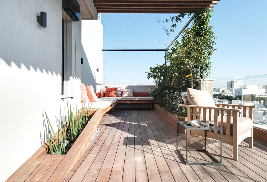 tel-aviv-house-gabrielle-toledano-interior-design_dezeen_936_15