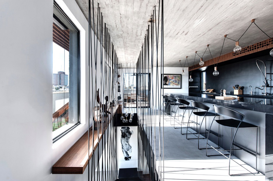 tel-aviv-house-gabrielle-toledano-interior-design_dezeen_936_9