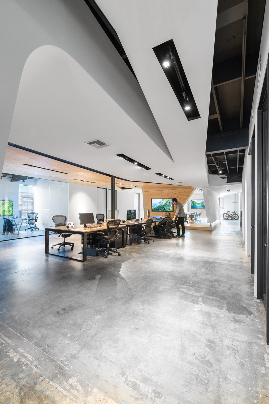 The VIL Creative Office by Domaen in Pasadena, CA