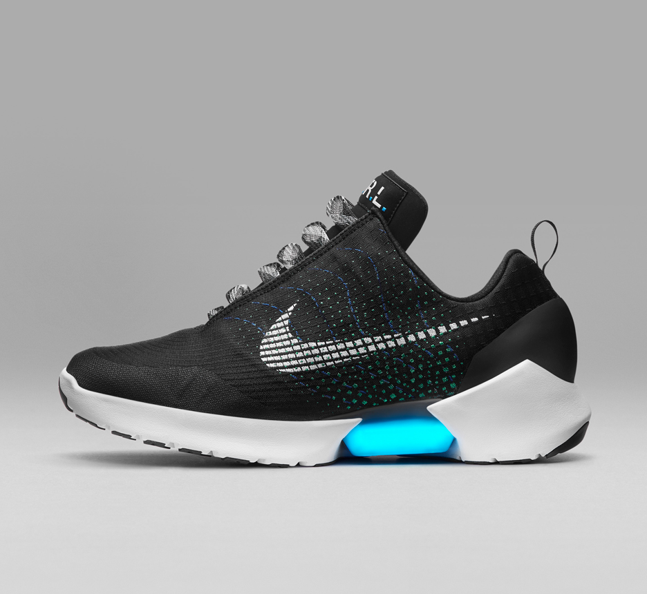 Nike launches self-lacing shoes  457889b742