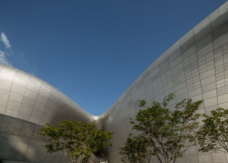 Dongdaemun Design Plaza, Seoul, South Korea, 2014